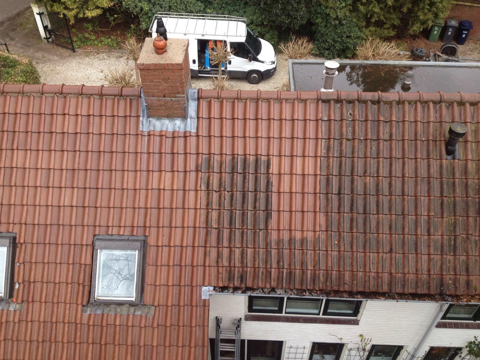 Reinigen van dakpannen met atmosferische vervuiling.jpg