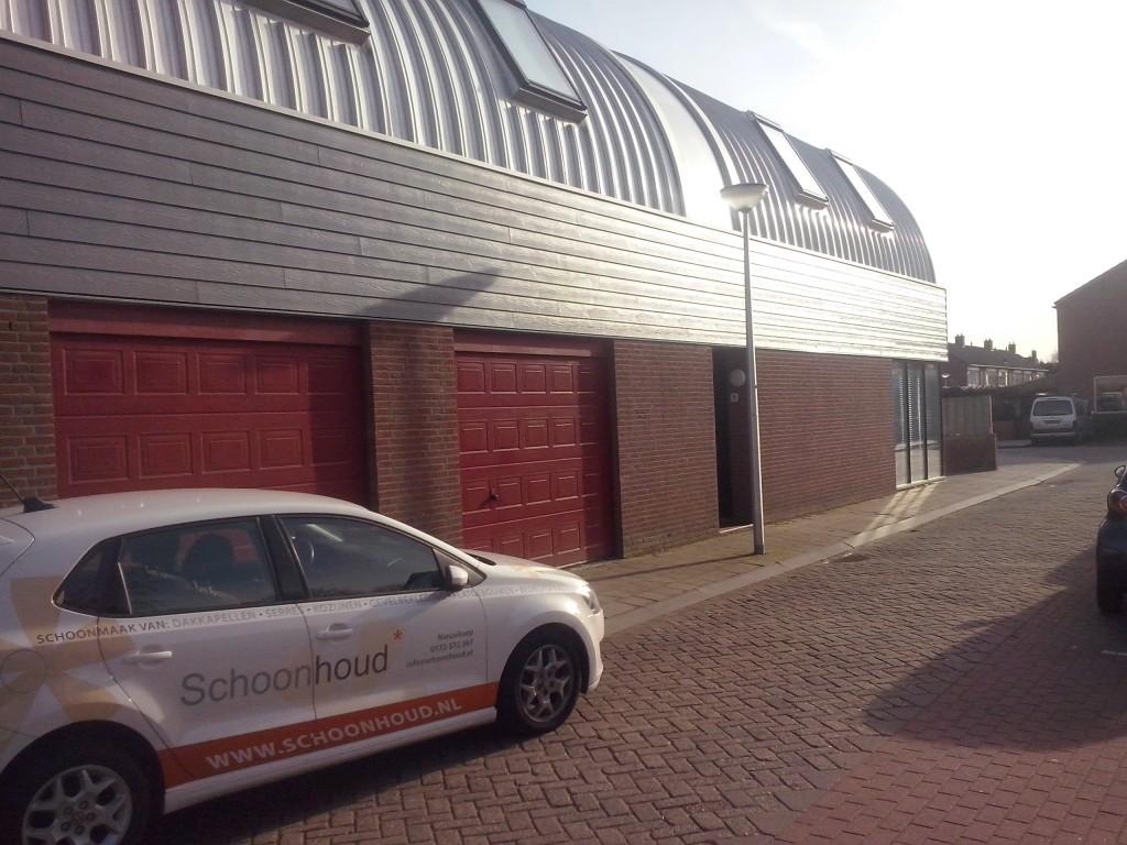 Eindresultaat reiniging aluminium dak.jpg