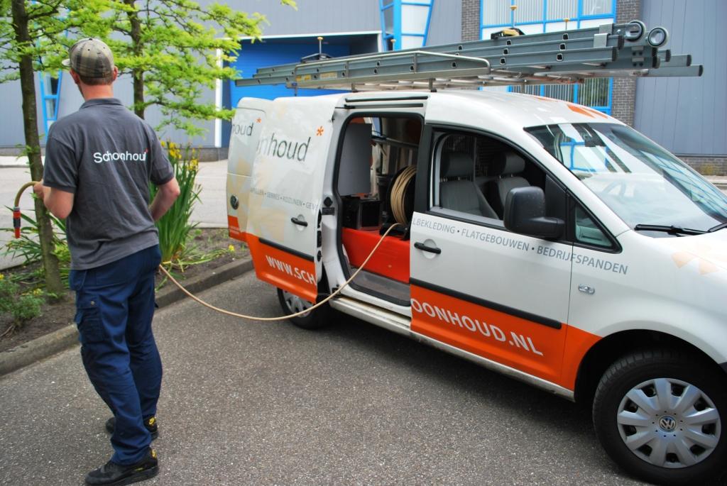 watertanks-in-de-bedrijfsautos-van-schoonhoud